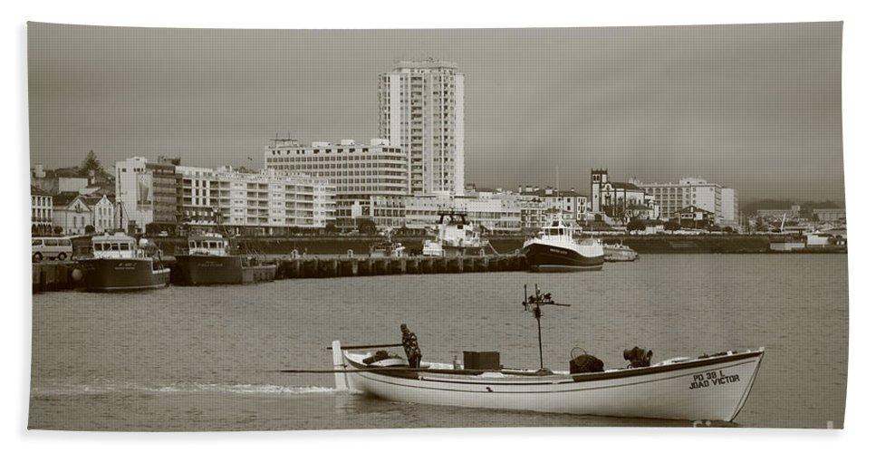Sea Bath Sheet featuring the photograph Ponta Delgada by Gaspar Avila