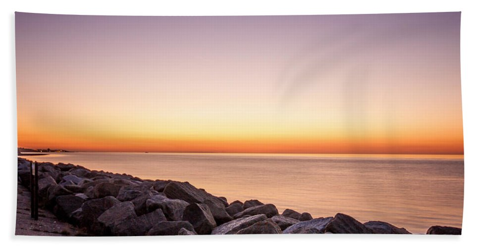 Thanet Hand Towel featuring the photograph Reculver Sunset by Dawn OConnor