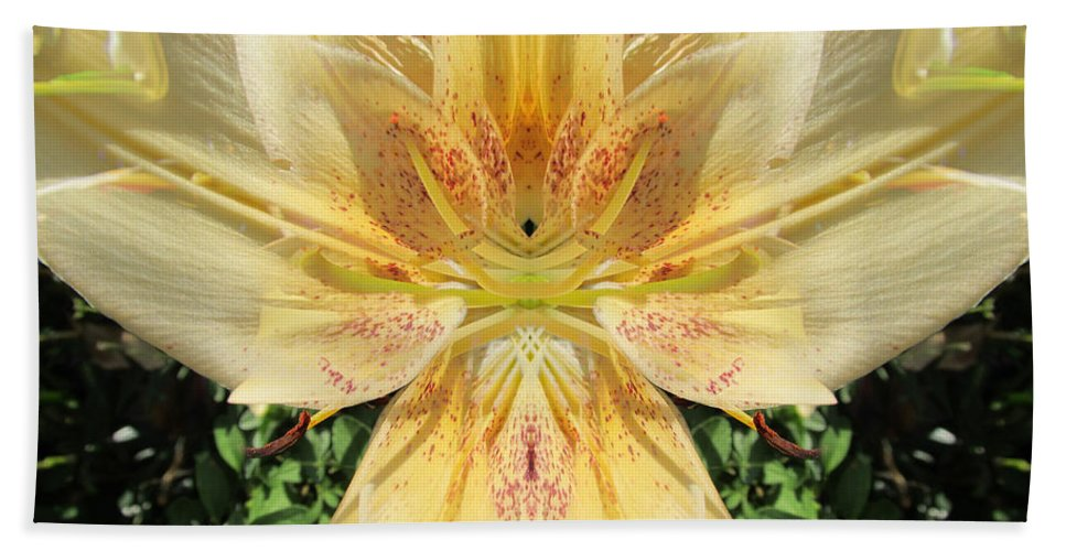 Color Blend Hand Towel featuring the photograph Lily by Michele Caporaso