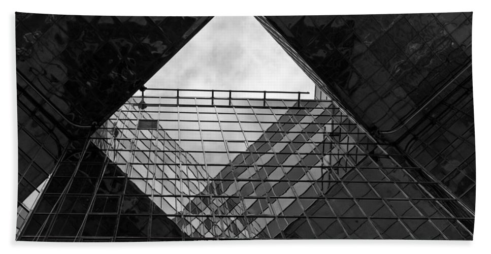 Abstract Bath Sheet featuring the photograph London Southbank Abstract by David Pyatt