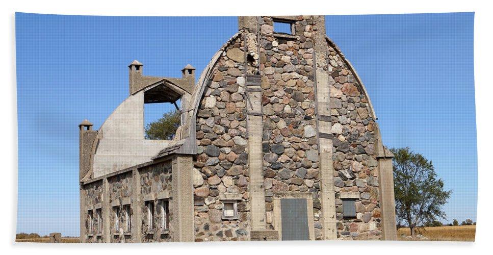 Barn Hand Towel featuring the photograph Schott Stone Barn by Lori Tordsen