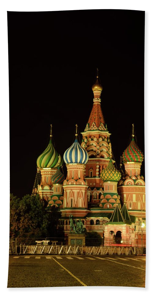 Kremlin Bath Sheet featuring the photograph Red Square In Moscow At Night by Michael Goyberg