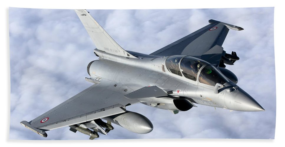 Evreux Hand Towel featuring the photograph Dassault Rafale B Of The French Air by Gert Kromhout