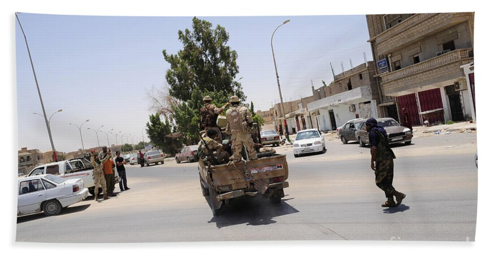 Libya Bath Sheet featuring the photograph A Free Libyan Army Pickup Truck by Andrew Chittock