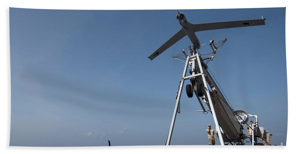 Flight Deck Hand Towel featuring the photograph A Scan Eagle Unmanned Aerial Vehicle by Stocktrek Images