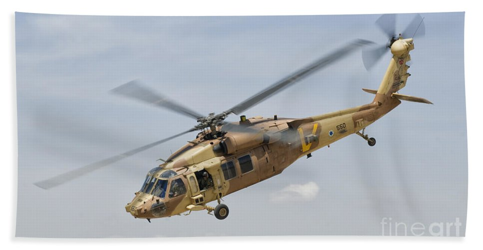 Israel Bath Sheet featuring the photograph A Sikorsky Uh-60 Black Hawk Yanshuf by Giovanni Colla