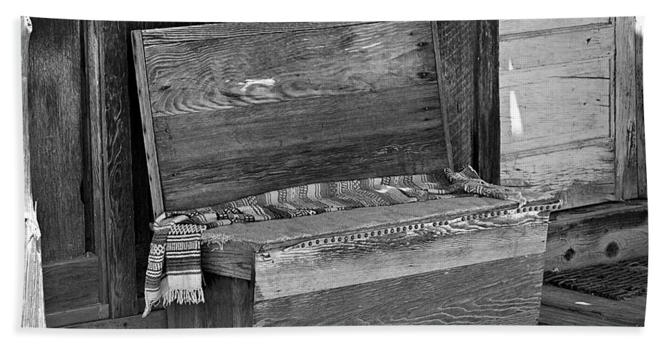 Bench Bath Sheet featuring the photograph A Weathered Bench Black And White by Phyllis Denton