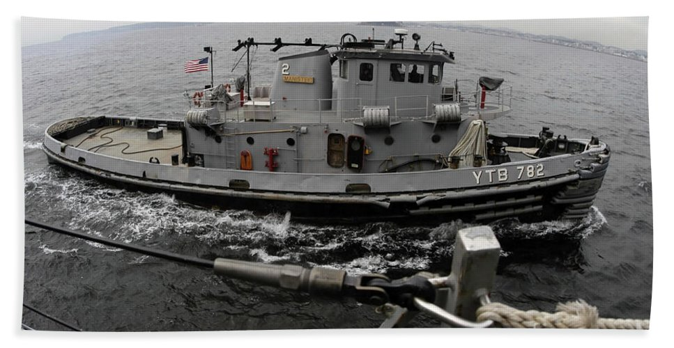 Color Image Bath Sheet featuring the photograph A Yokosuka Naval Tugboat Prepares by Stocktrek Images