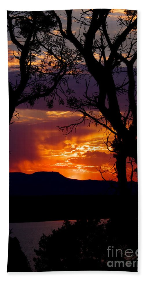 Photography Hand Towel featuring the photograph Abiquiu Sunset II by Vicki Pelham