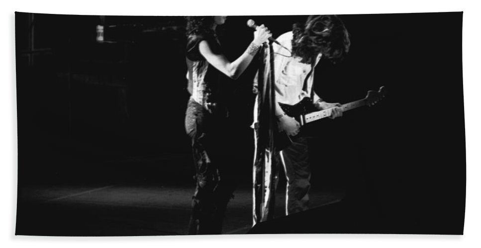 Aerosmith Bath Sheet featuring the photograph Aerosmith In Spokane 31 by Ben Upham
