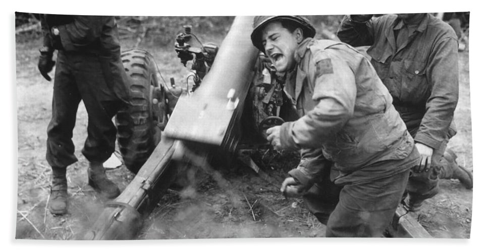 Army Hand Towel featuring the photograph American Howitzers Shell German Forces by Stocktrek Images