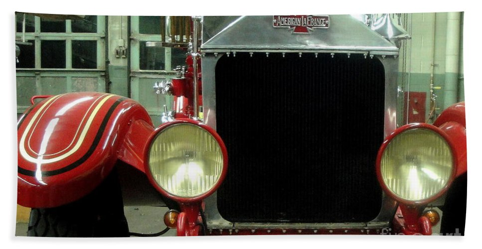 Fire Bath Sheet featuring the photograph American Lafrance Fire Truck by Kevin Fortier