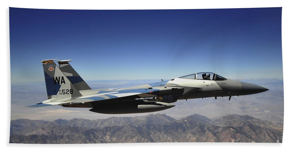 F-15 Bath Sheet featuring the photograph An F-15e Strike Eagle From The 65th by Stocktrek Images