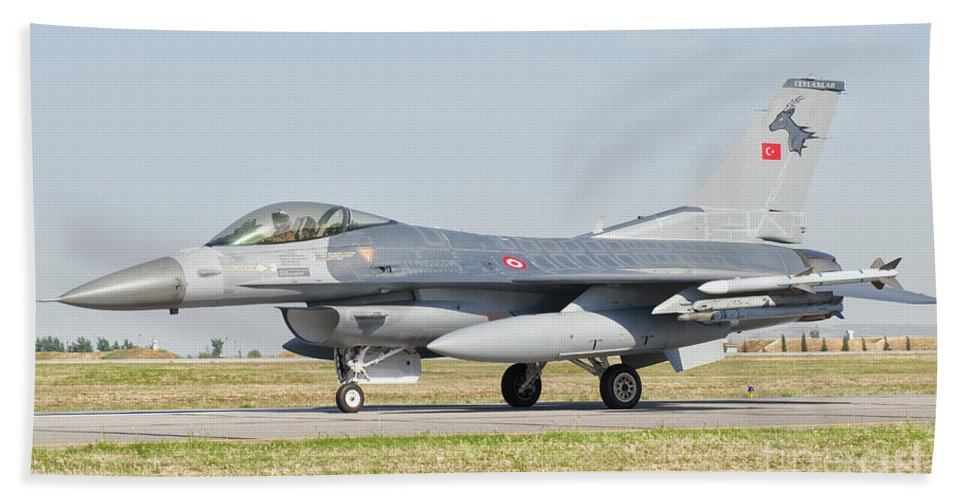 Transportation Bath Sheet featuring the photograph An F-16c Block 50 Of The Turkish Air by Giovanni Colla