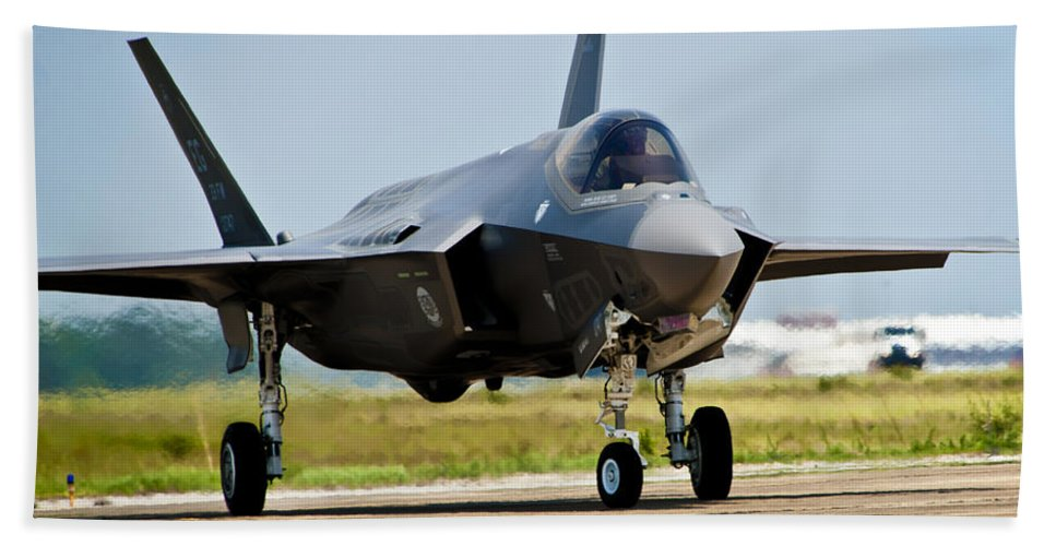Aerospace Hand Towel featuring the photograph An F-35 Lightning II Taxiing At Eglin by Stocktrek Images