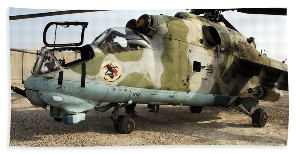 Polish Army Bath Sheet featuring the photograph An Mi-24 Russian Helicopter by Stocktrek Images