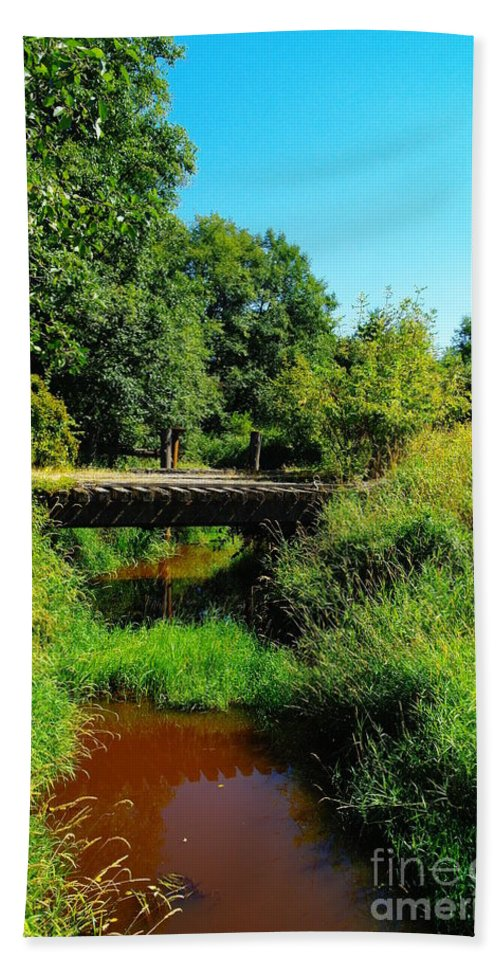 Bridges Hand Towel featuring the photograph An Old Rail Road Bridge by Jeff Swan