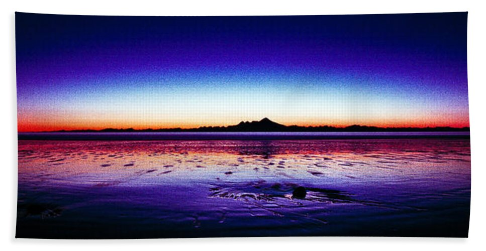 Anchor Point Beach Bath Sheet featuring the photograph Anchor Point Beach Twilight by Tim Rayburn