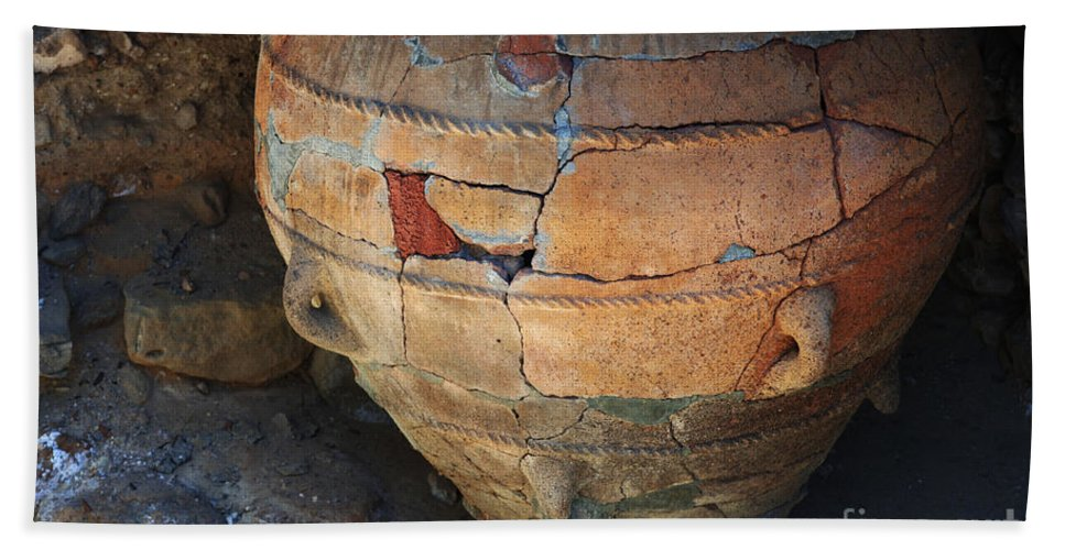 Crete Bath Sheet featuring the photograph Ancient Relic Of Crete by Bob Christopher