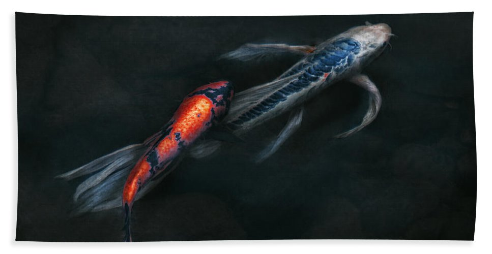 Fish Bath Sheet featuring the photograph Animal - Fish - Beauty And Grace by Mike Savad