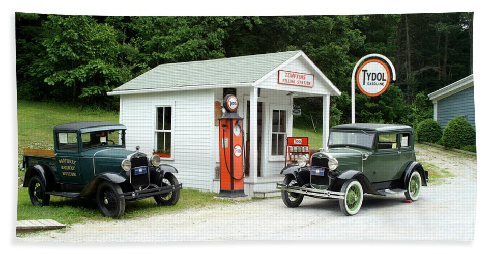 Antique Car Hand Towel featuring the Antique Cars by Ted Kinsman