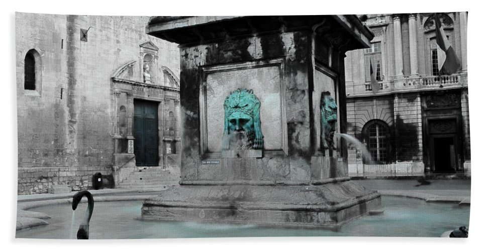Arles Bath Sheet featuring the photograph Arles Fountain With A Spot Of Color by Greg Matchick