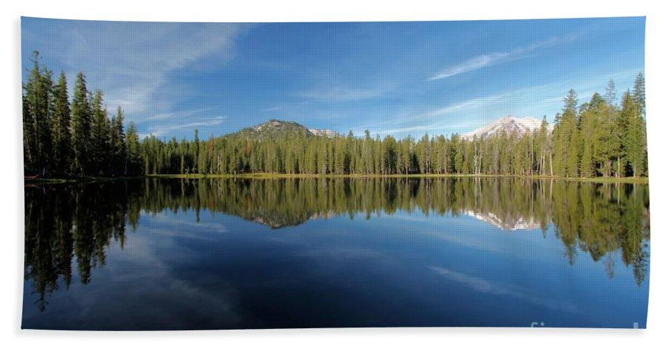 Summit Lake Bath Sheet featuring the photograph Arrow At Summit Lake by Adam Jewell