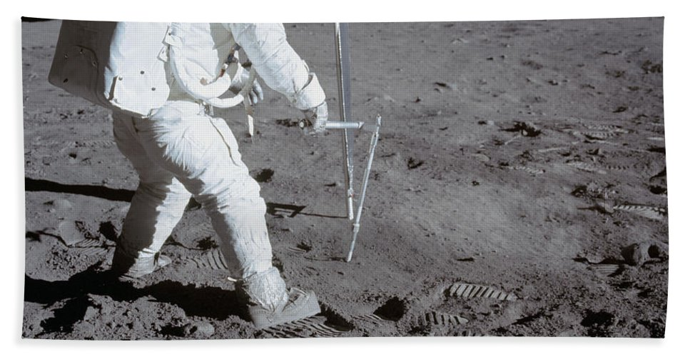 1969 Bath Sheet featuring the photograph Astronaut During Apollo 11 by Stocktrek Images