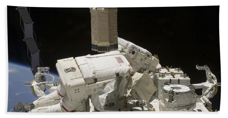 Sts-127 Bath Sheet featuring the photograph Astronauts Working On The International by Stocktrek Images
