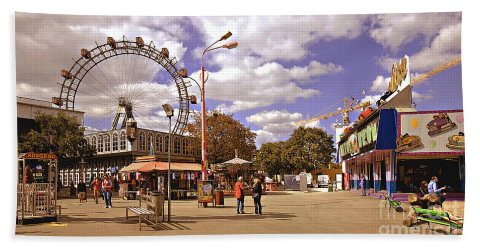 Vienna Bath Towel featuring the photograph At The Prater - Vienna by Madeline Ellis