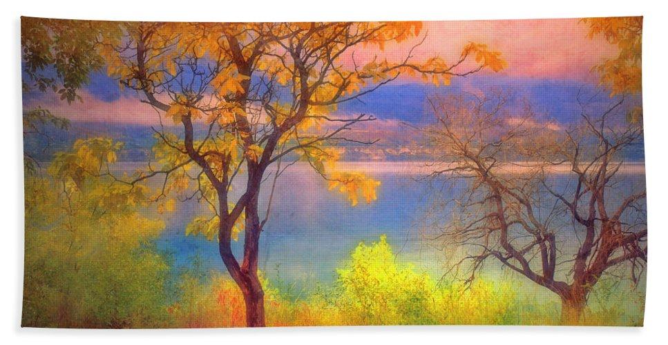 Lake Bath Sheet featuring the photograph Autum Morning by Tara Turner