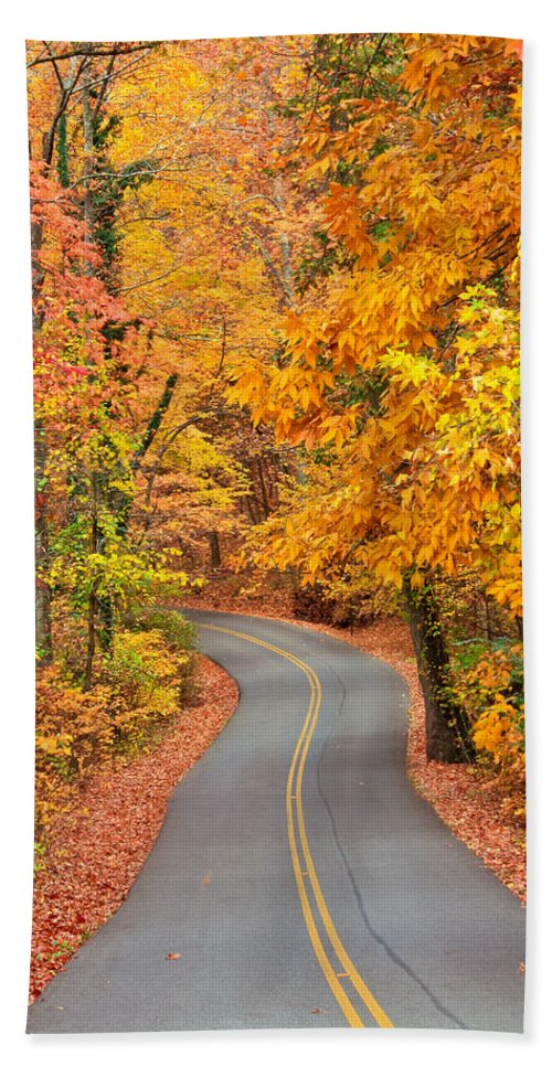 Fall Bath Sheet featuring the photograph Autumn Drive Signal Mountain by Tom and Pat Cory