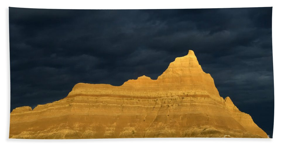 Badlands Bath Sheet featuring the photograph Badlands Early Light by Bob Christopher