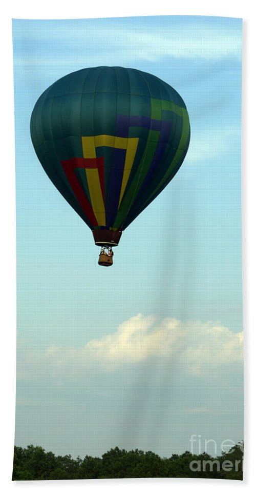 Balloon Bath Sheet featuring the photograph Balloons In Blue Skies by Tom Luca
