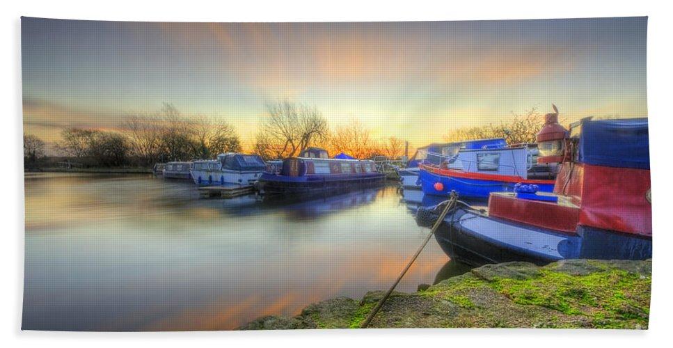Hdr Bath Sheet featuring the photograph Barrow Sunrise In Motion 2.0 by Yhun Suarez