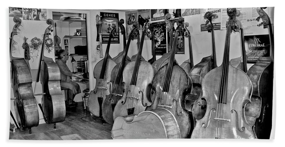 Bass Fiddle Hand Towel featuring the photograph Bass Fiddle Convention by Eric Tressler