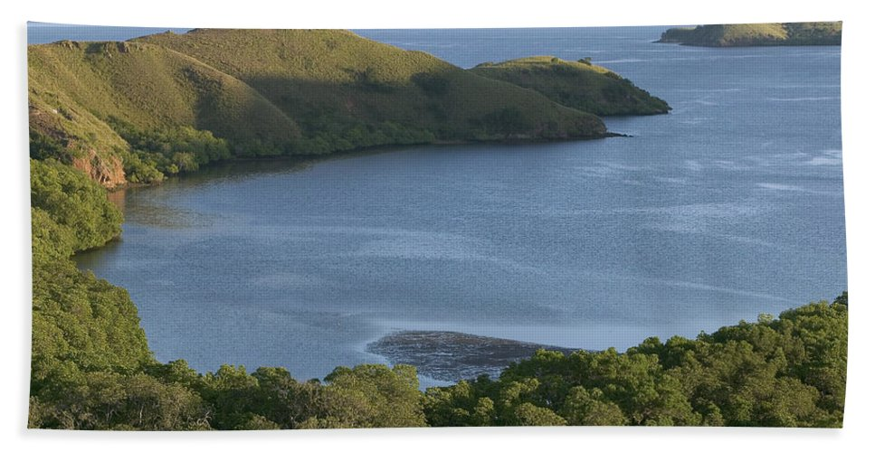 Mp Hand Towel featuring the photograph Bay And Outlying Islands Off Rinca by Cyril Ruoso