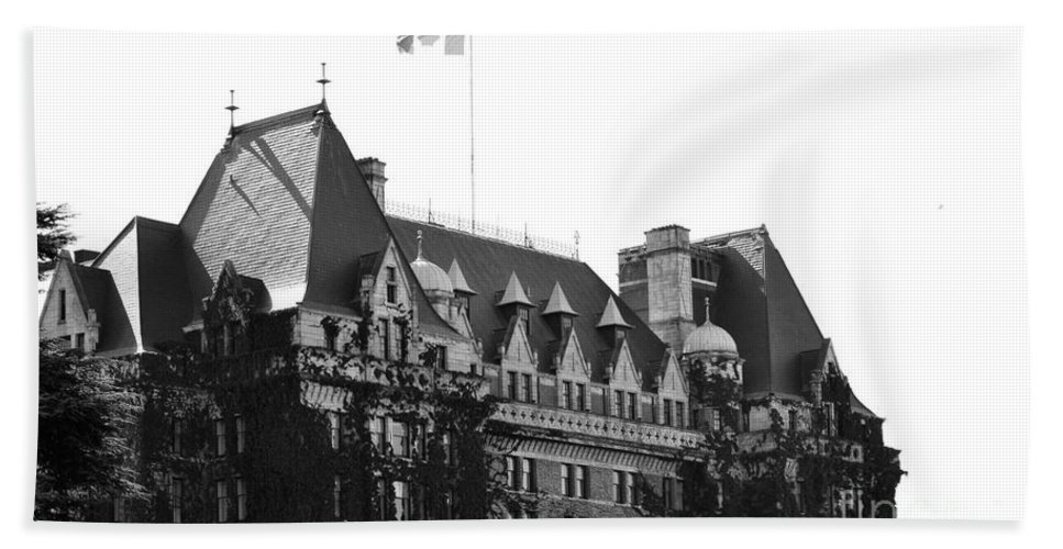 Dragon Boat Races Hand Towel featuring the photograph Bc Parliament by Traci Cottingham