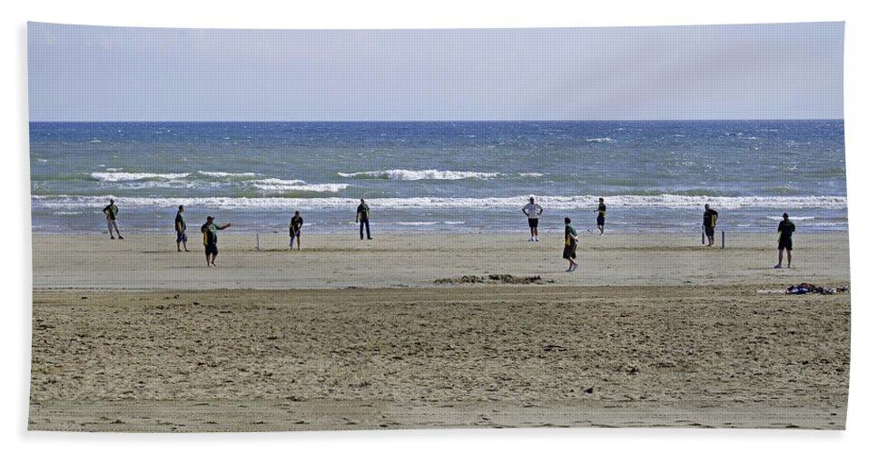 Bridlington Bath Sheet featuring the photograph Beach Cricket - Bridlington by Rod Johnson