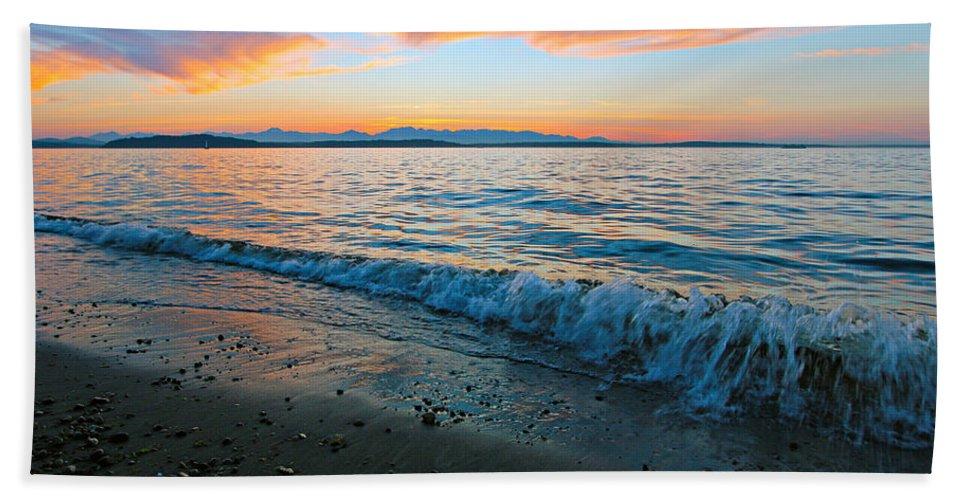 Landscape Bath Sheet featuring the photograph Beach Sunset by Paul Fell