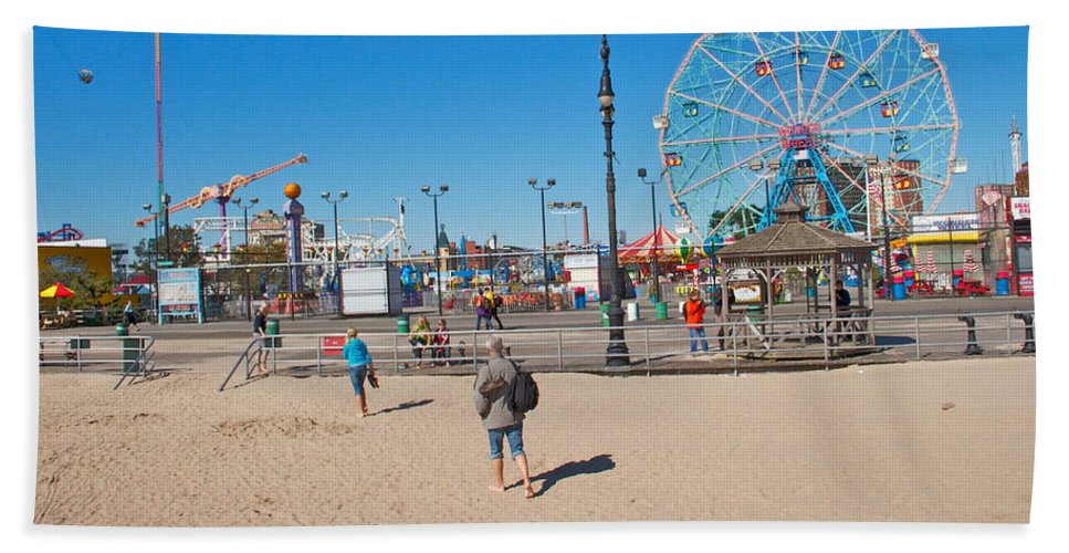 Coney Island Beach View Amusement Park Bath Sheet featuring the photograph Beach View by Alice Gipson