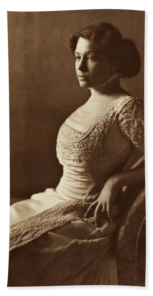 Lady Women Female Beauty Dress Portrait Photograph 1880 Bw Vintage Bath Sheet featuring the photograph Beautiful Lady In 1880 by Steve K