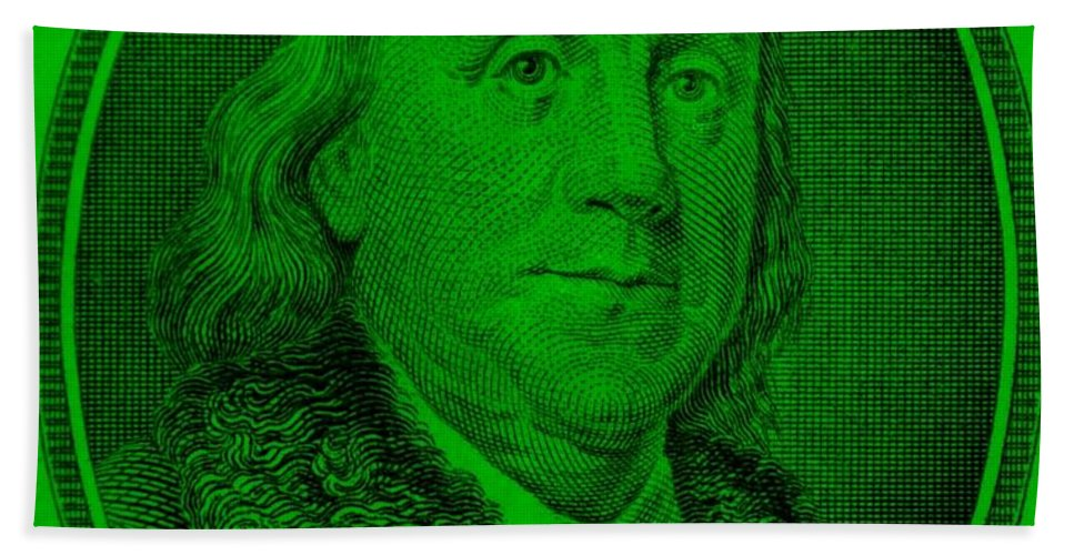 Ben Franklin Hand Towel featuring the photograph Ben Franklin Ingreen by Rob Hans