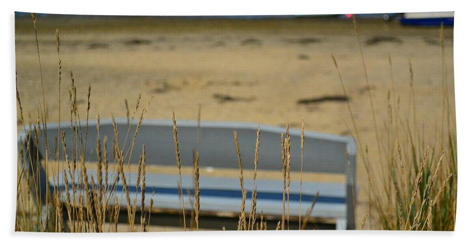 Beach Bath Sheet featuring the photograph Bench On The Beach by Bonnie Myszka