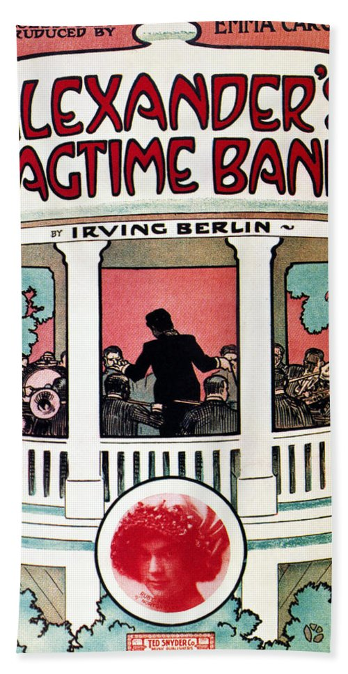 1911 Hand Towel featuring the photograph Berlin: Ragtime Band, 1911 by Granger