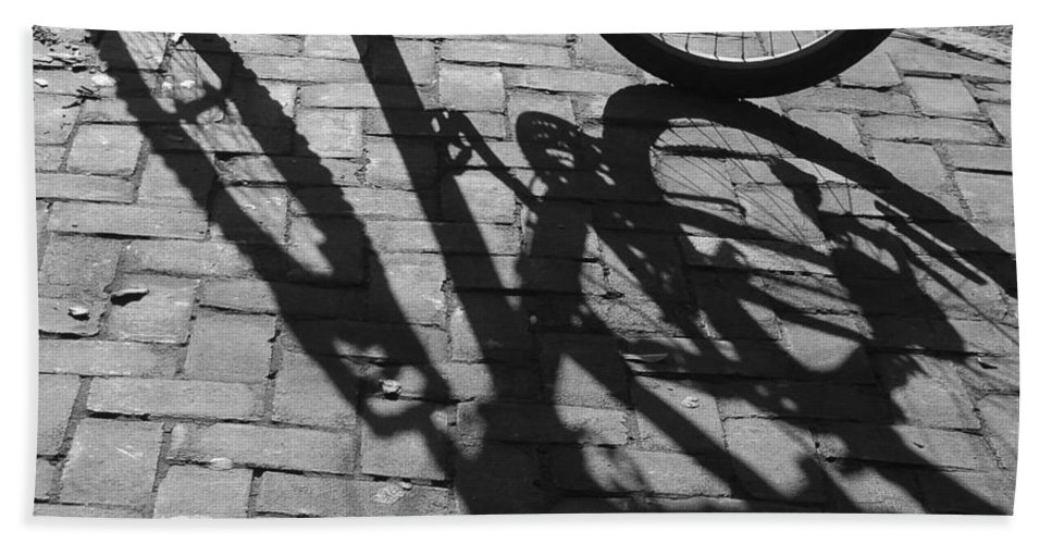 Black And White Hand Towel featuring the photograph Bicycle Shadows In Black And White by Suzanne Gaff