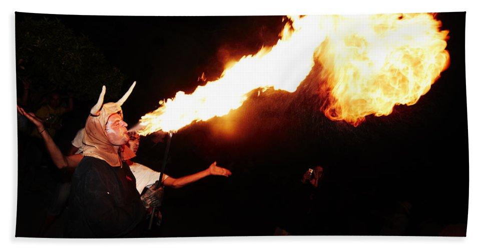 Fuego Bath Sheet featuring the photograph Big Axe Of Fire by Agusti Pardo Rossello