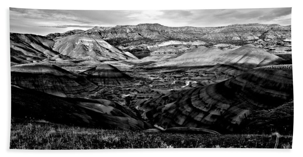 John Day Fossil Beds Hand Towel featuring the photograph Black And White Painted Hills by Adam Jewell