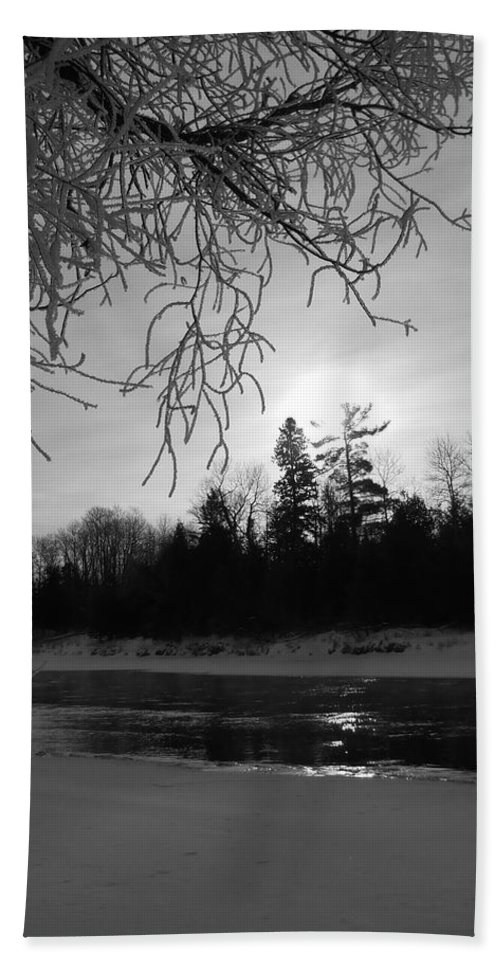 Black And White Bath Sheet featuring the photograph Black And White Sunrise by Kent Lorentzen