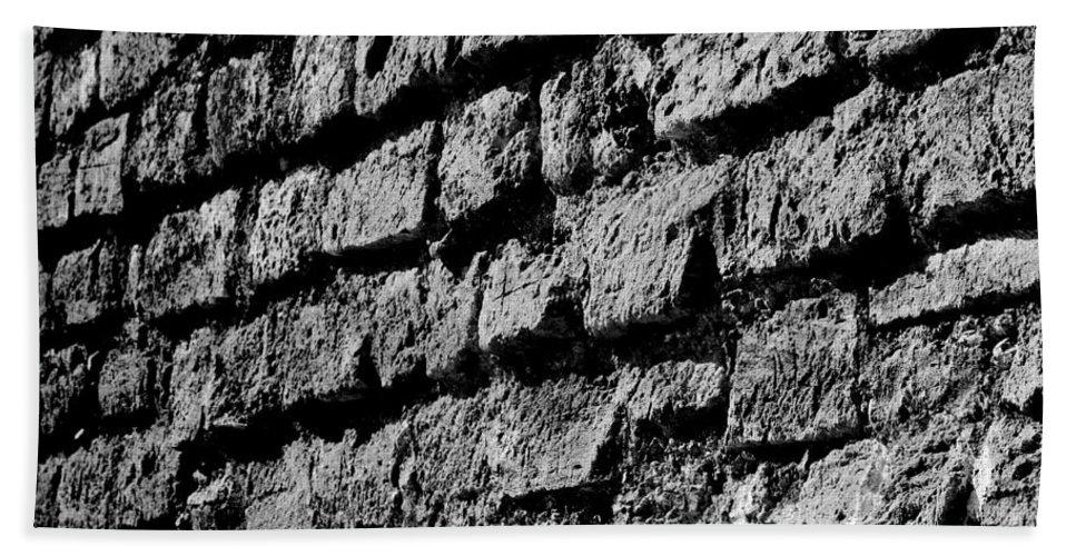 Blanco Y Negro Bath Sheet featuring the photograph Black Wall by Agusti Pardo Rossello